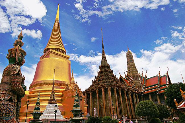 Du lich Cung Điện Hoàng Gia Thái Lan