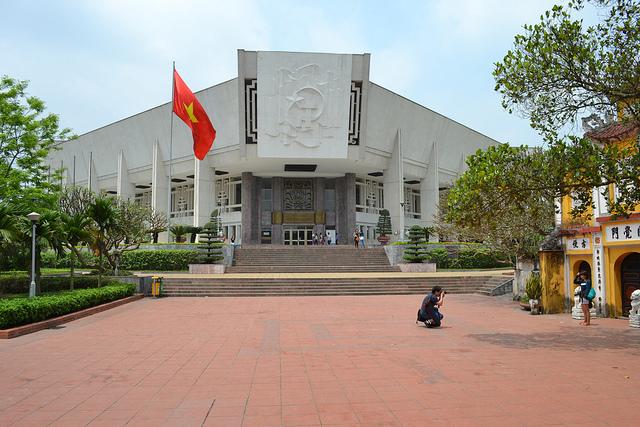 Du lịch bao tàng Hồ Chí Minh