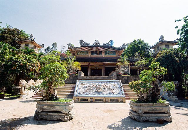 Du lịch Chùa Long Sơn, Nha Trang