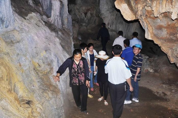 Cụm di tích Khuổi Nặm - Hang Slí Điếng - Pác Bó Cao Bằng