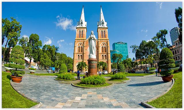 Du lịch Nhà thờ Đức Bà