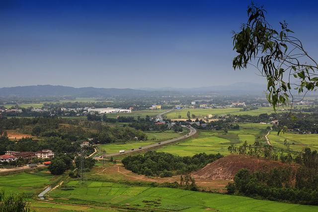 Từ đỉnh núi Thiên Ân, Quảng Ngãi