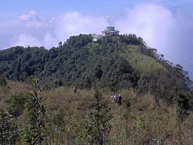 Du lịch Núi Bạch Mã Huế