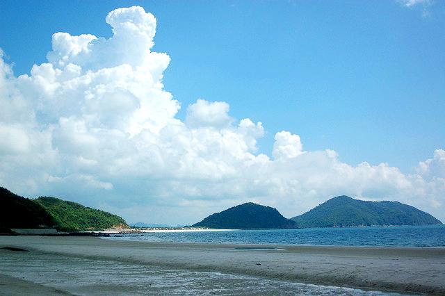 Du lịch Biển Minh Châu