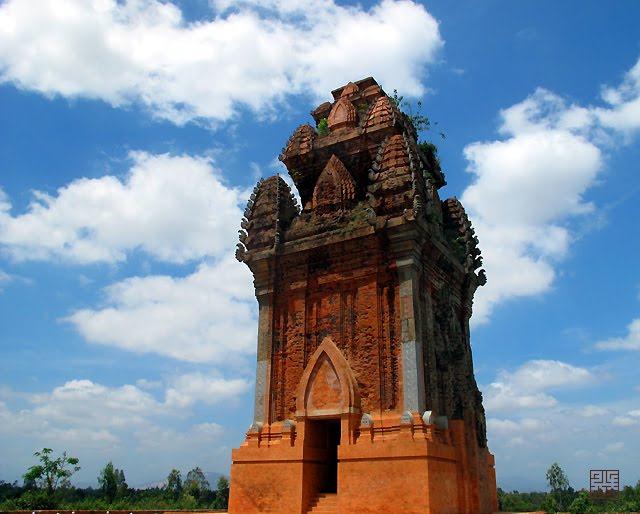 Du Lịch Tháp Chăm Bình Định, Quy Nhơn