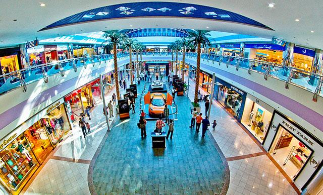 Du lịch mua sắm tại Marina Mall Abu Dhabi