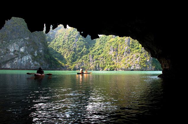 Cheo Kayak Bai Tu Long